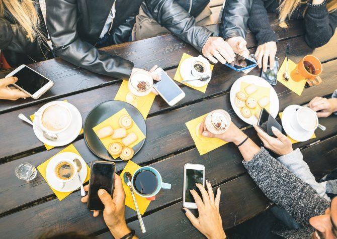 Z世代は何を食べているのか?成人期の食事と買い物パターン