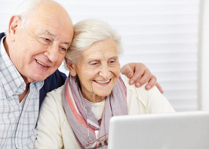 【海外市場調査】アメリカで急成長する65歳以上のEコマース利用者。最新の市場調査結果をレポート!