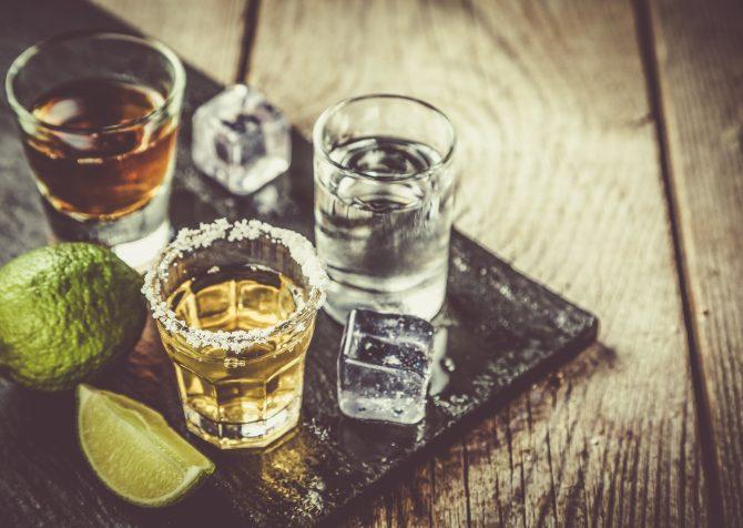 アルコールブランドにとってのサステナビリティとは? 空気から作られたウォッカについて考えてみた。