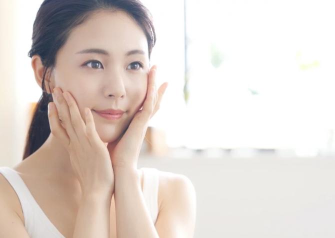 【J-Beautyブログ】J-Beautyのエッセンスって?どうやってスキンケアに取り入れるの?